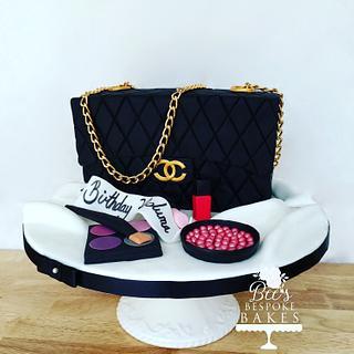 Small Chanel handbag cake