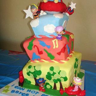 Little Einsteins topsy turvy cake