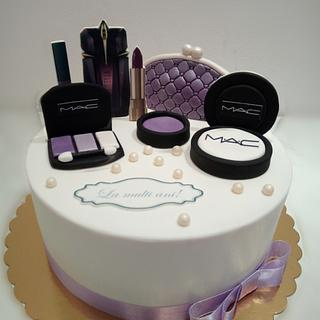 Makeup cake  - Cake by Caracarla