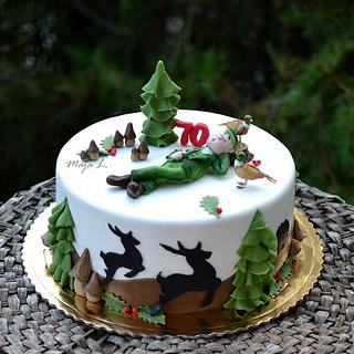 Cake for a hunter with pheasants