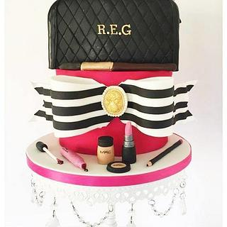 Fashionista Make up Cake