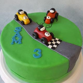 race cake - Cake by henriet miggelenbrink