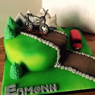 Mountain bike cake - Cake by Hayleycakes