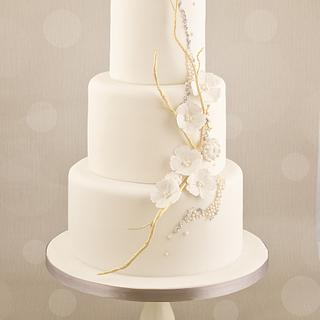 Embellished love bird cake - Cake by Little Cherry