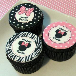 Cupcakes & Cookies - Cake by Cheryl