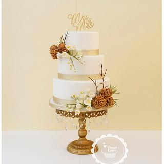 Winter Wedding - Cake by Planet Cakes