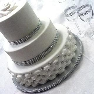 My first wedding cake - Cake by Pam - Kingman Cake Company
