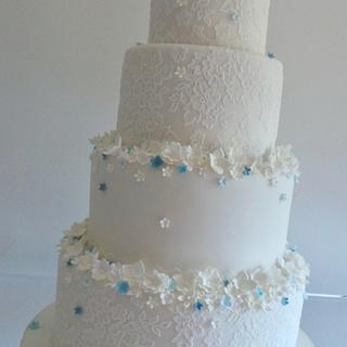 Forget me knot  - Cake by TiersandTiaras