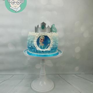 Frozen ruffle cake