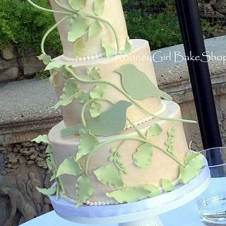 Birds & Vines Wedding Cake - my near disaster!