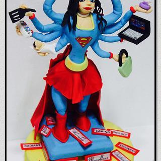 SUPER WOMAN CAKE