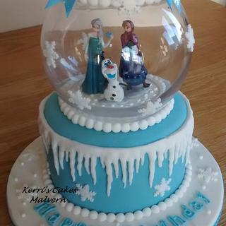 Frozen snowglobe - Cake by Kerri's Cakes