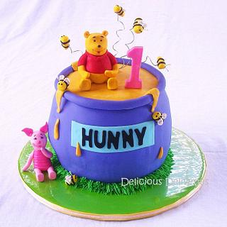 "Winnie the Pooh ""Hunny"" Pot Cake"