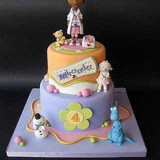 Dottie Doc McStuffins cake
