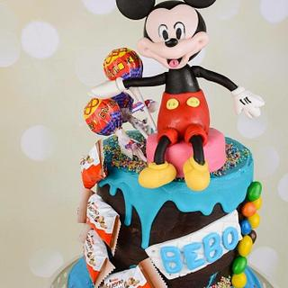 Mickey Mouse Candy drip cake