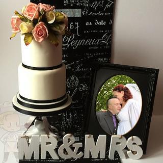 French inspired wedding cake