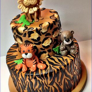 Baby Jungle - Cake by Stacy Lint