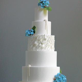 Rose Gold Hydrangea Wedding Cake