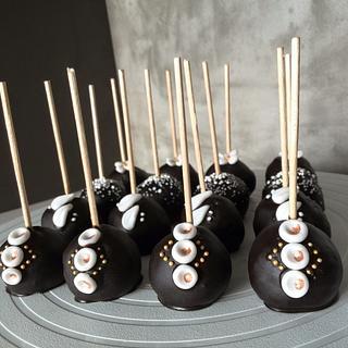 Black cake pops