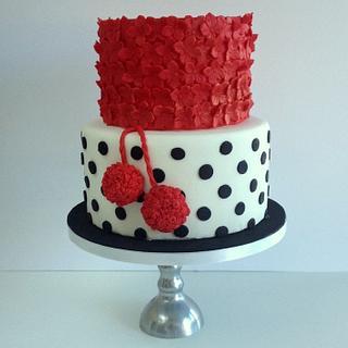 Pom pom cake - Cake by Be Sweet