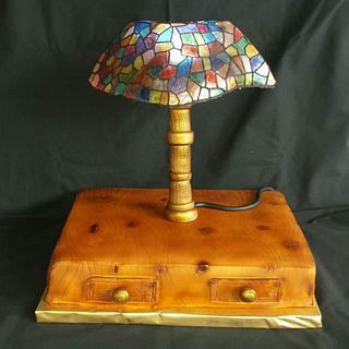 Tiffany lamp - ligntning and eddible