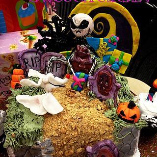 Nightmare Before Christmas Birthday Cake and Cupcakes