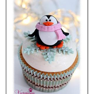 Free Tutorials for Christmas Cupcake toppers.