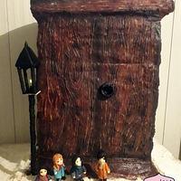 Narnia - a lost world behind the closet