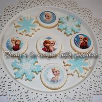Frozen cookies by Daria Albanese
