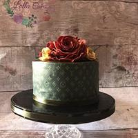 Lv flory cake by Lolla cakes