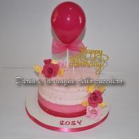Pink cheesecream cake