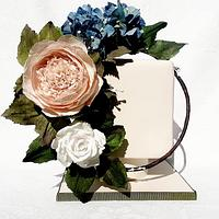 my wafer paper flowers cake by Nicole Veloso