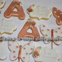 Rose gold cookies