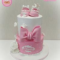 Baby shower cake for girl ❤️ - Cake by Gele's Cookies