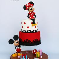 Minnie mouse Gravity Cake