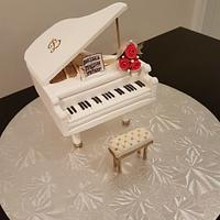 White Piano by ImagineCakes