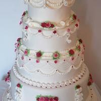 My Lambeth style cake- La delicatezza delle rose