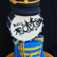 Cirque de Gateaux collaboration - Beatles Love