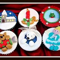 More Christmas Cupcakes