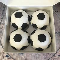 FOOTBALL ⚽️ CUPCAKES 🧁