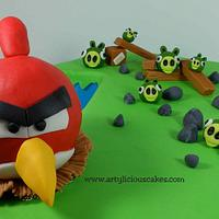 """One"" Angry Birds Cake"