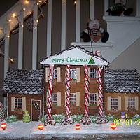 gingerbread house  by Valley Kool Cakes (well half of it~Tara)