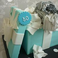 50th wedding anniversary gift box cake by Isabelle Bambridge