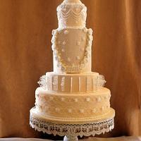 Royal wedding cake -cpc collabration #kissingfrogs