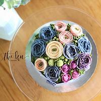 Buttercream flower box
