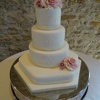 Romantic roses wedding cake.