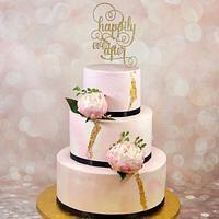 Marbled blush wedding cake