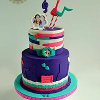 Modern Violetta Cake