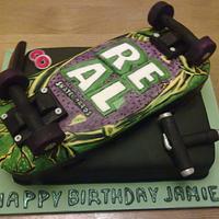 Skateboard Cake by Louise
