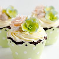 Vintage Style Cupcakes